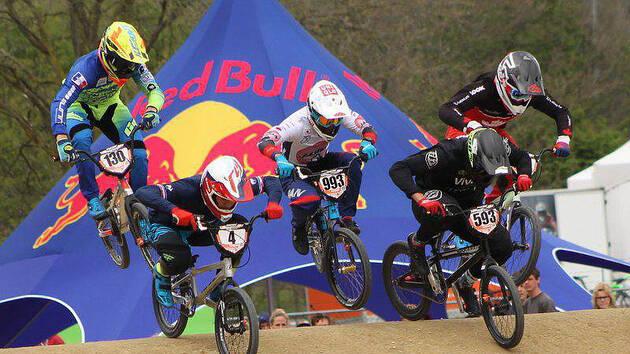 Azé. Une compétition régionale de BMX